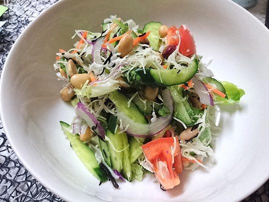 混ぜるだけで美味しい!簡単サラダ