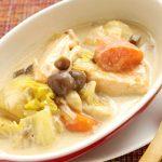 キャンベル クリームマッシュルームの缶詰で作った白菜とサーモンのシチューのレシピ