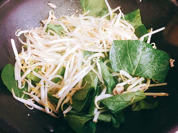 肉と野菜と炒める