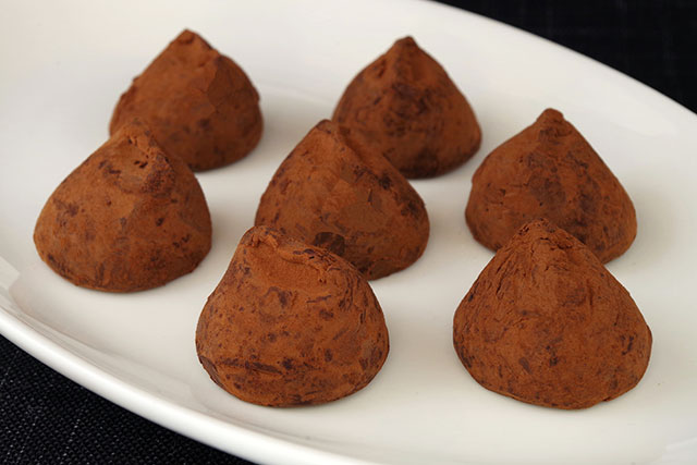 本場ベルギーのチョコレート「ガヴァルニー プレミアムトリュフ ココア」がお値打ち価格で購入できる